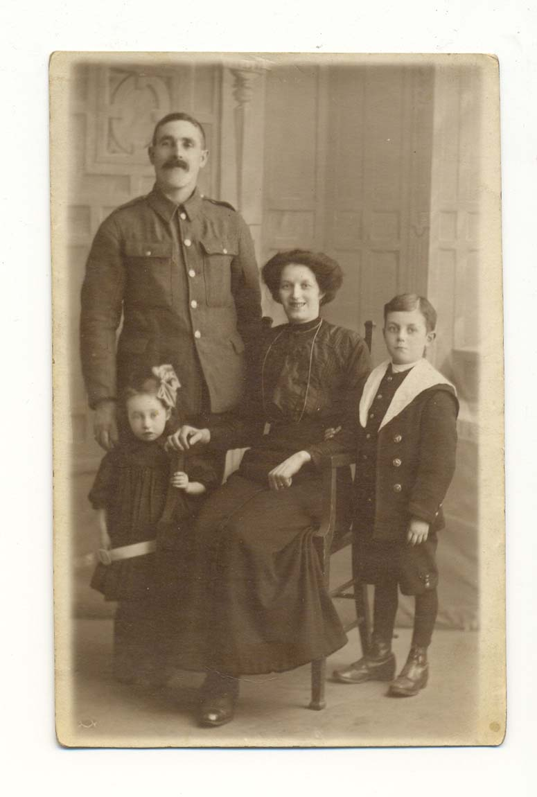 Photograph of Private O'Donnell and family, c.1915 (D/DLI 7/929/8) - Copyright © Durham County Record Office.