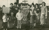 Families protesting during Miner's Strike, 1984-85
