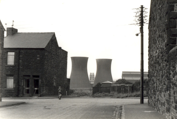 Cooling towers of Consett Steel Works, near Albert Road, Consett, August 1980 (D/X 1536/110) - Copyright © Durham County Record Office